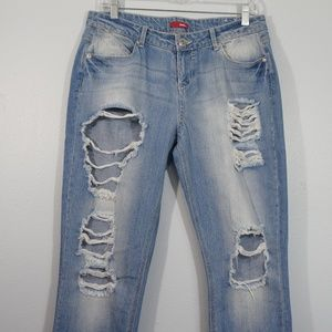 Bongo Destroyed Jeans Size 9